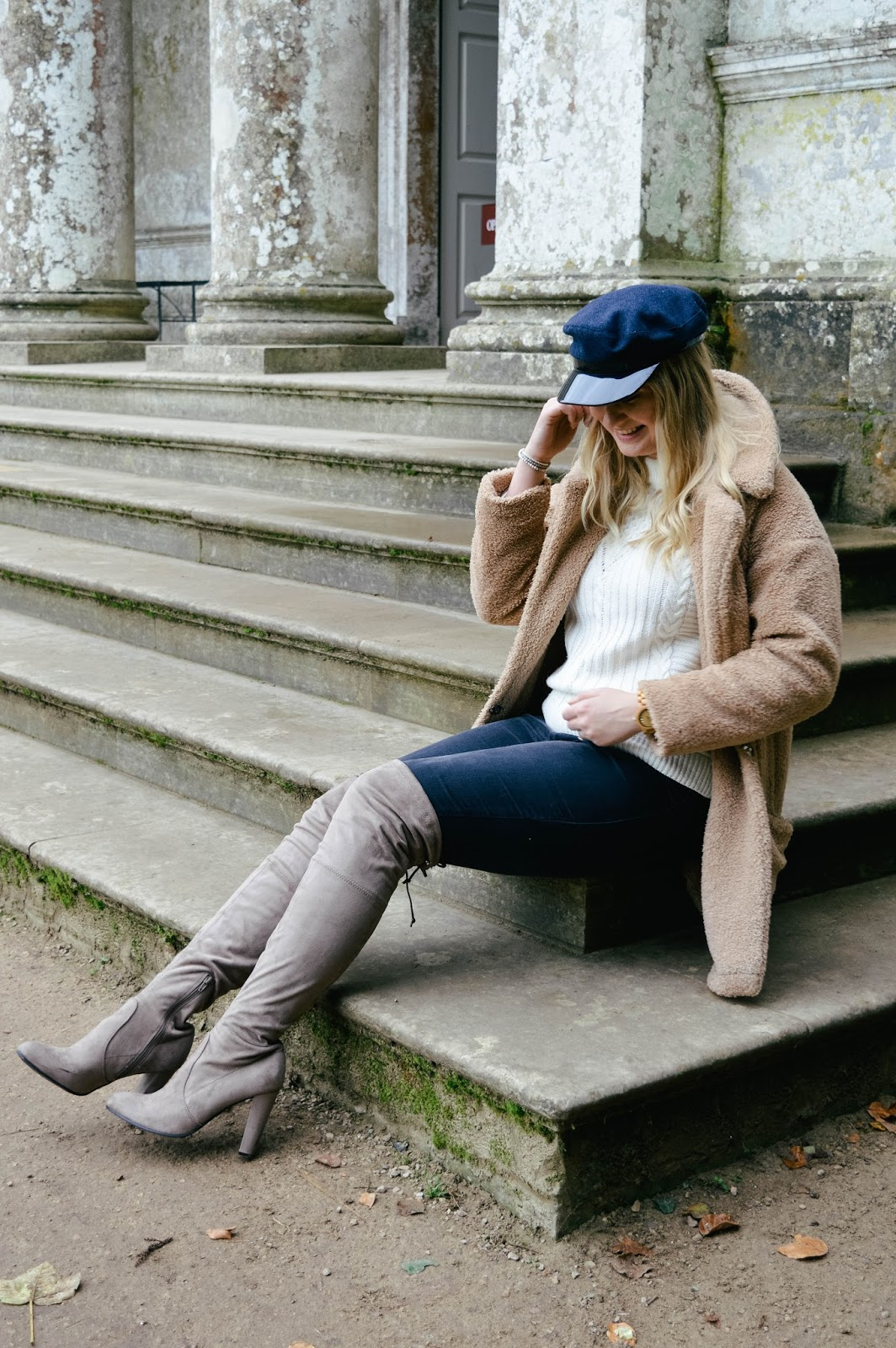 How to style the teddy bear coat, Hampshire bloggers, UK style bloggers, baker boy hats blog