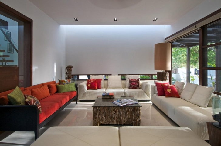 Second living room in Courtyard Home by Hiren Patel Architects
