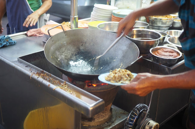 famous penang char kway teow georgetown