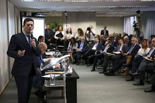https://vnoticia.com.br/noticia/3489-projeto-de-lei-anticrime-sera-apresentado-na-terca-feira-ao-congresso