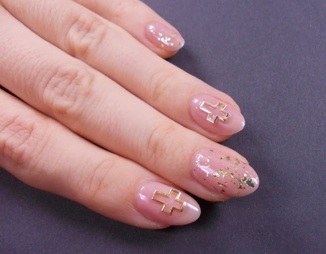 madam glam simple tan gold flakies bsp cross nail art 3