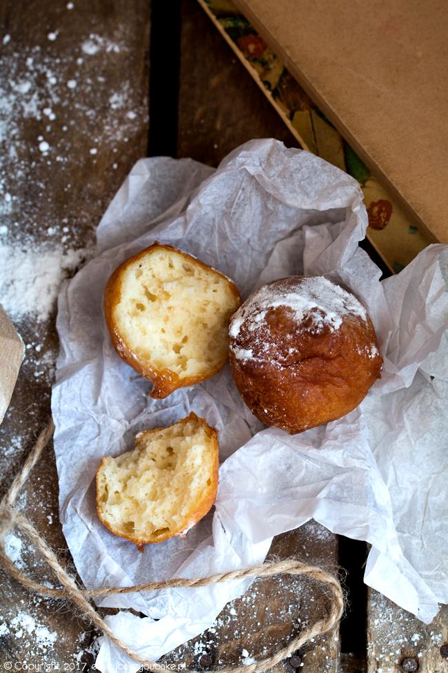 zeppole - włoskie mini pączki z sera ricotta