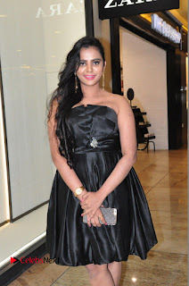 Actress Manasa Himavarsha Pictures in Black Short Dress at The Great Hydrerabad Life Style EXPO II  0009.JPG