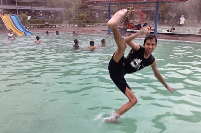 Ciwalini tempat wisata pemandian air panas bandung