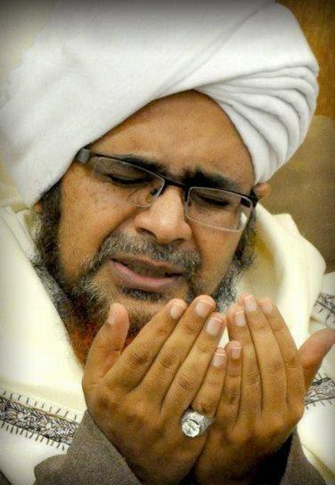 Nadzam Asma'ul Husna Karya Al-habib Umar Bin Muhammad Bin Salim Bin Hafidz Bin Syech Abu Bakar Bin Salim