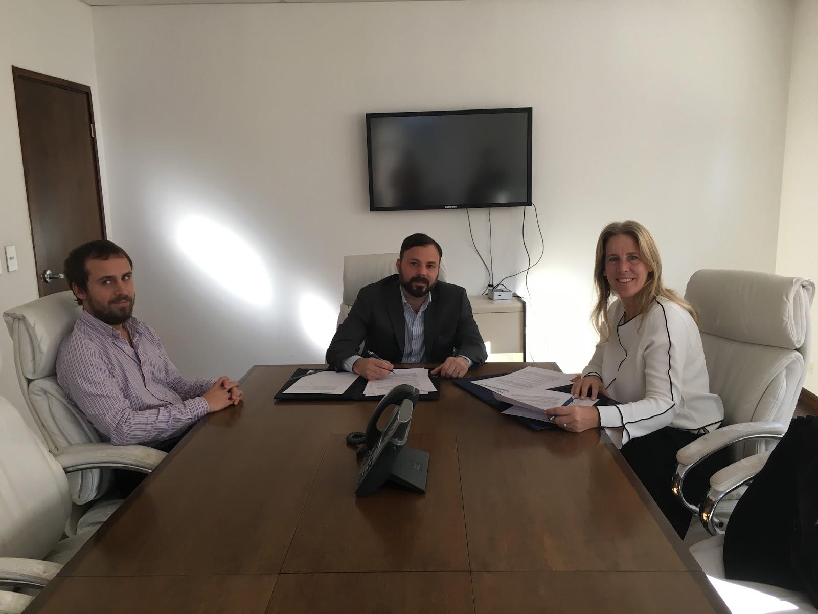 Panorama rural ahora banco galicia firm un acuerdo con for Banco galicia busca cajeros