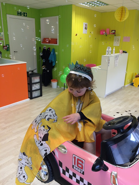 pikku children hair salon
