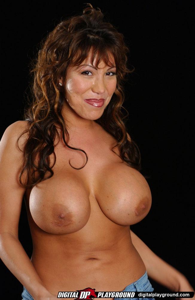 Ava Devine Tits 15