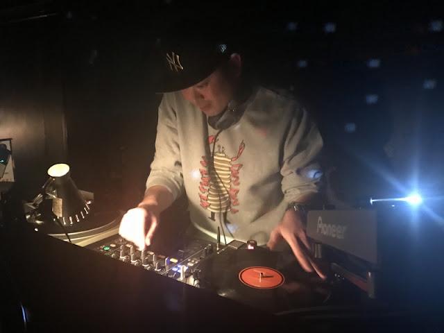 2017年1月29日のデイイベント「サンドマン」へ出演したdj-yasuの写真です。