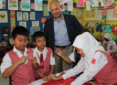Wakil Presiden RTI Amerika Kunjungi SDN Utama Mandiri 1 Cimahi