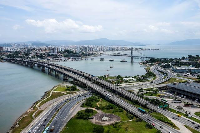 https://www.oblogdomestre.com.br/2019/02/Florianopolis.Ilha-da-magia.Variedades.Viagem.html