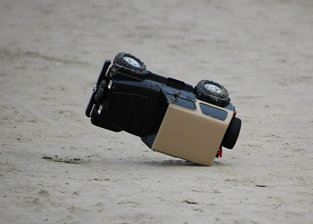 Tamiya Jeep Wrangler flip