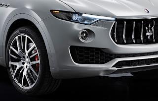 Maserati Levante S fari bi xeno