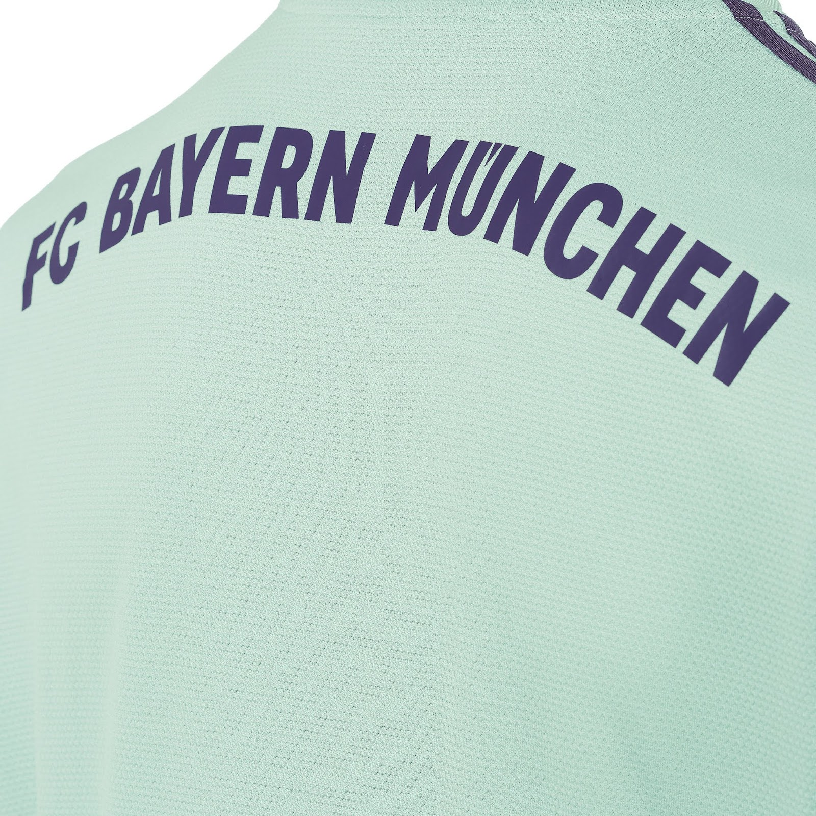 Adidas lança a nova camisa reserva do Bayern de Munique - Show de ... e75bee5693e2e