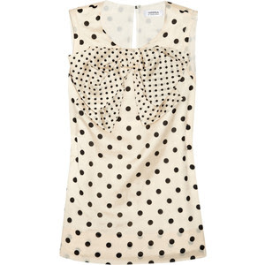 http://s-fashion-avenue.blogspot.it/2012/04/polka-dots-easy-ways-to-wear-them.html