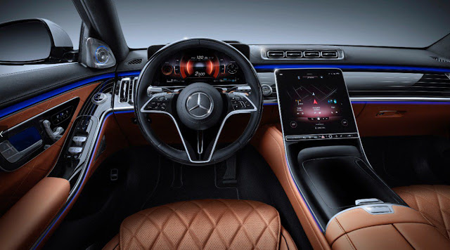 2021-mercedes-s-class-interior-luxury-steering-wheel-dashboard-infotainment-system-control-display-and-front-seats