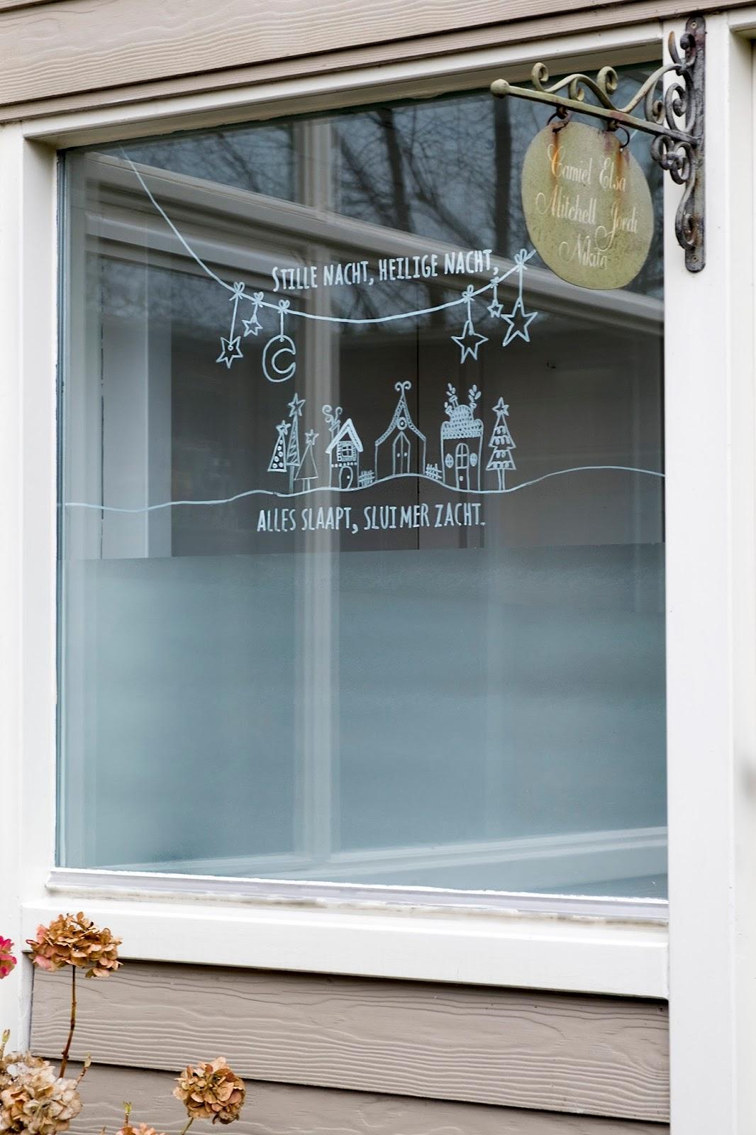 Hoe versier je raam met krijtstift