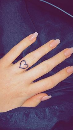 Cute Heart Tattoos on Finger