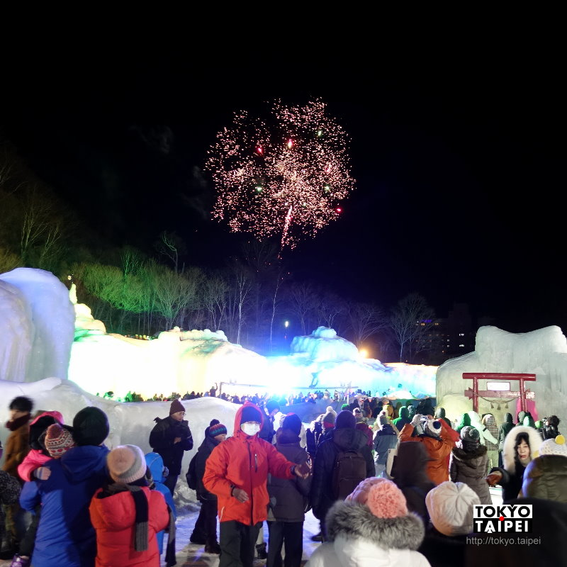 【層雲峽溫泉冰瀑祭】七彩魔幻冰雪城堡 還有零下15度的花火大會