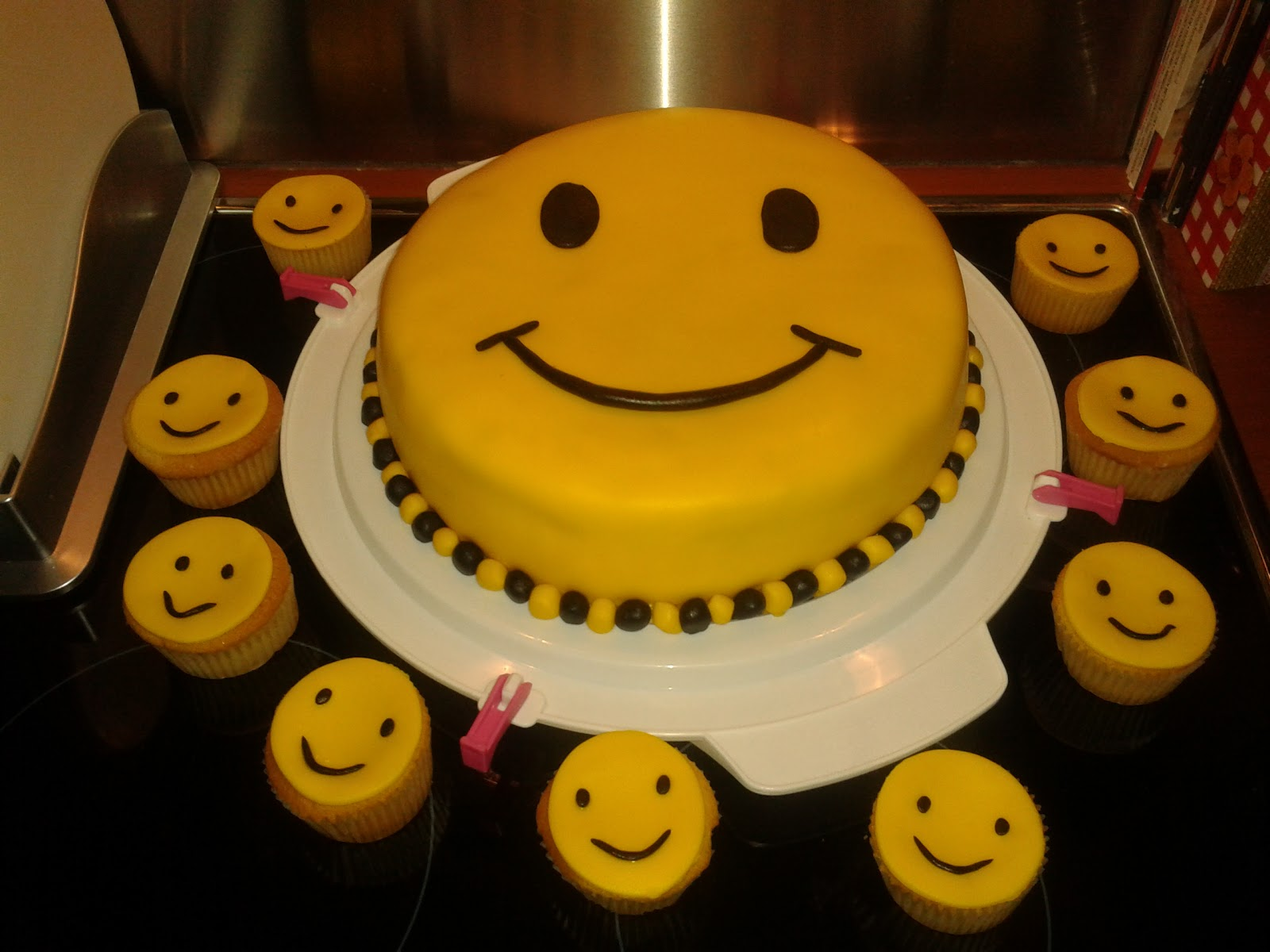 smiley taart Smiley Taart Recept   ARCHIDEV smiley taart