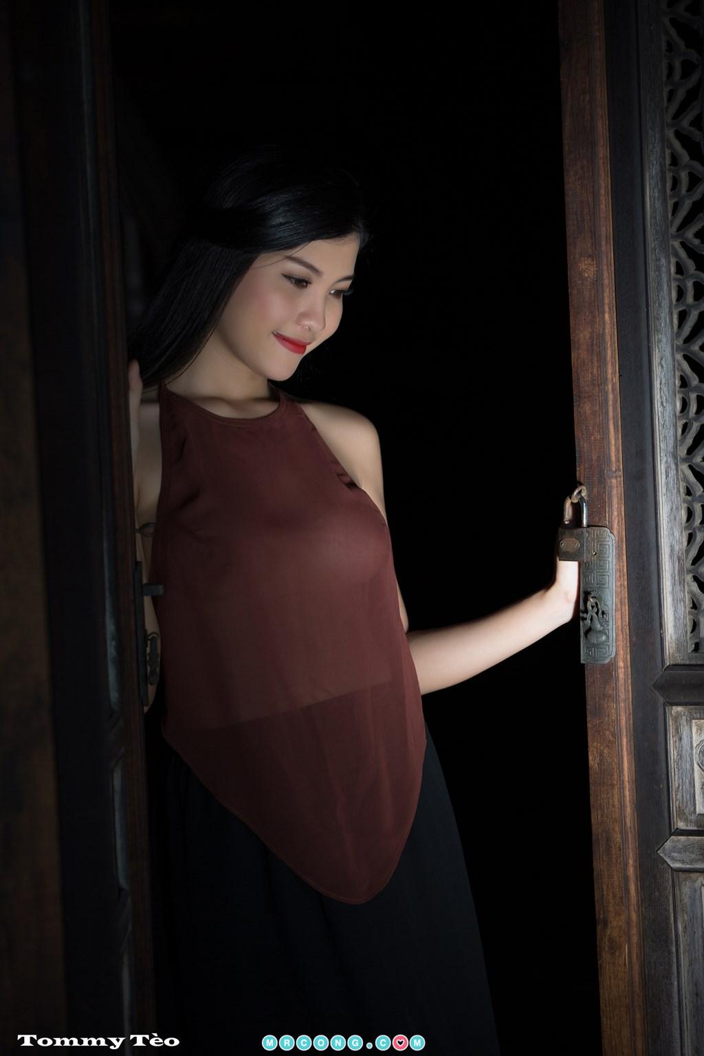 Image Nhung-Nguyen-by-Dang-Thanh-Tung-Tommy-Teo-MrCong.com-007 in post Nóng cả người với bộ ảnh thiếu nữ thả rông ngực mặc áo yếm mỏng tang (19 ảnh)