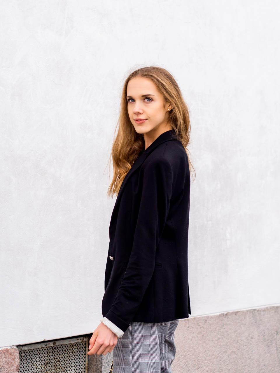 minimal-scandinavian-fashion-blogger-autumn-outfit-syksy-muoti-pukeutuminen-inspiraatio-skandinaavinen-tyyli
