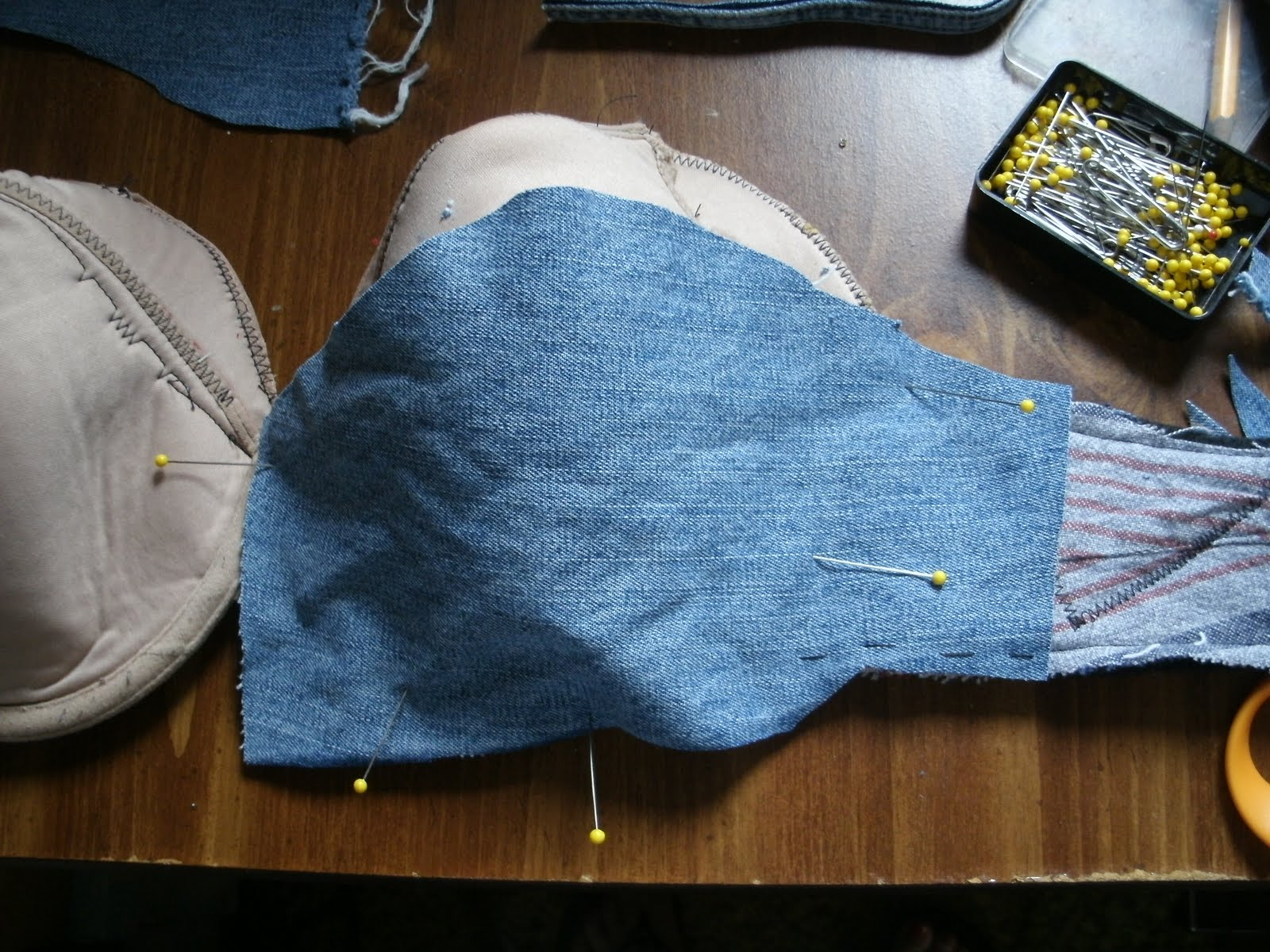 5bd9e47a27 I used up all of the old shirt fabric in the side straps. To reinforce the  cups I used denim from some old jeans. I have extended the bottom piece  over the ...