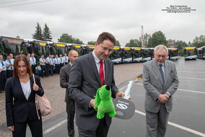 Prezes MPK Kraków Rafał Świerczyński i Prezydent Miasta Krakowa Jacek Majchrowski