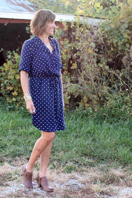 Simplicity 8084 shirt dress made with Mood Fabrics' rayon challis