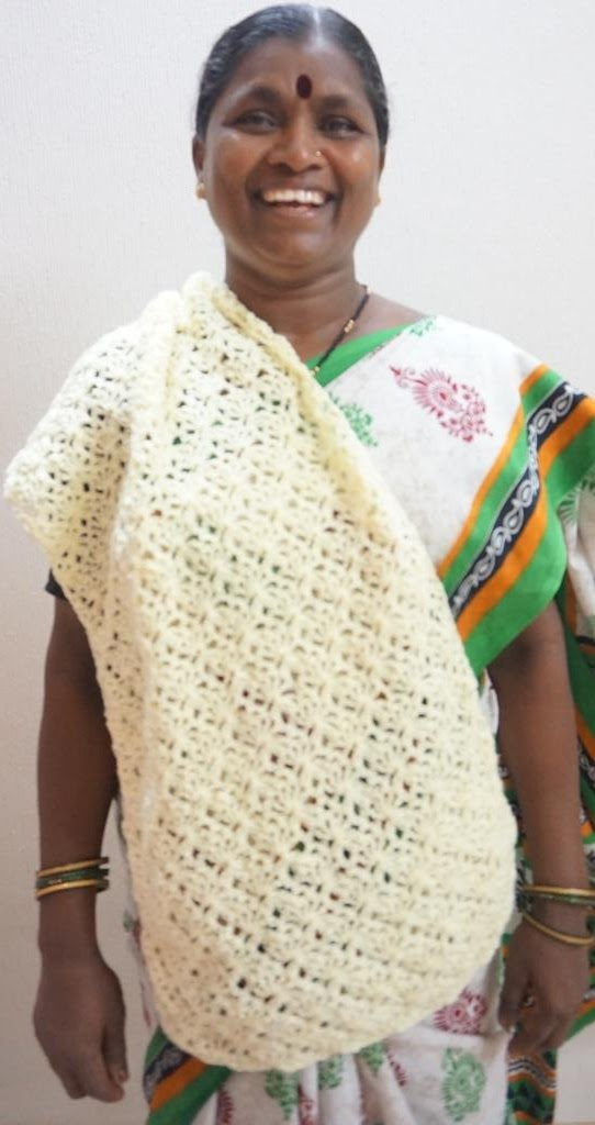 Sweet Nothings Crochet: A LOVELY SIMPLE DIAMOND WRAP