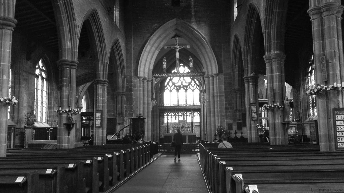 Chesterfield, the crooked spire and a couple of tarts - Roadtrip through Derbyshire