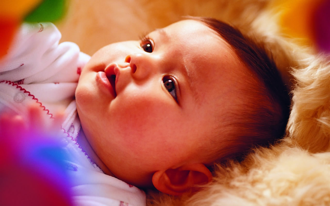 See Once: Cute Baby Pics For Mobile Wallpapers