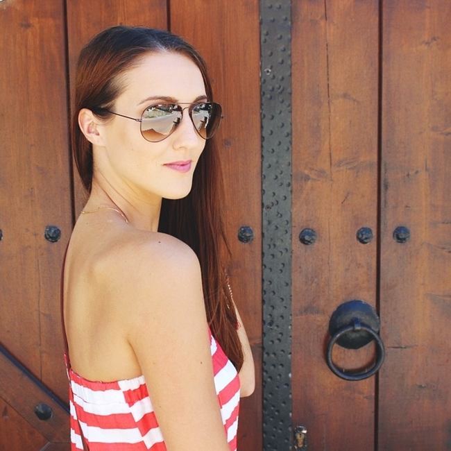 Jelena Zivanovic Instagram @lelazivanovic.Glam fab week.Red and white stipes top.Rayban Aviator light brown sunglasses.
