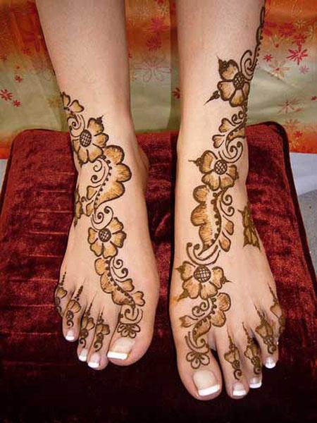 Contoh Gambar Henna Kaki Simple