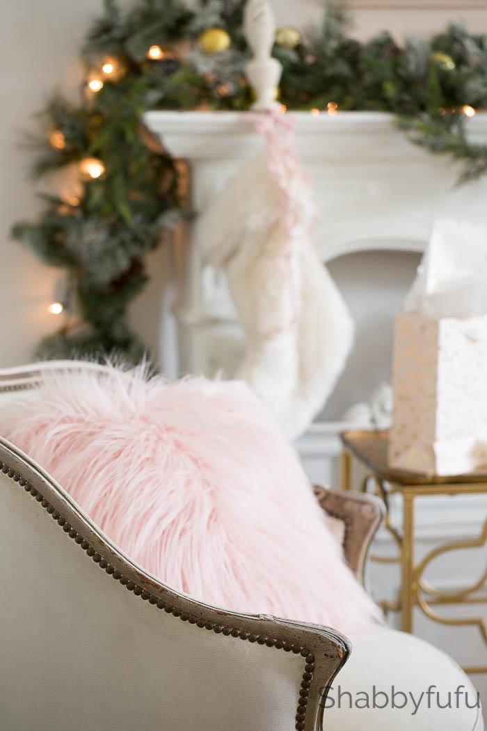 blush-faux-fur-christmas