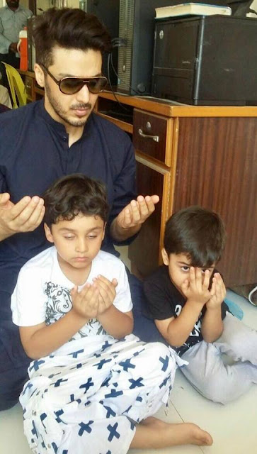 Ahsan khan is not only a good actor but also a good father, he sets a good example for his kids!