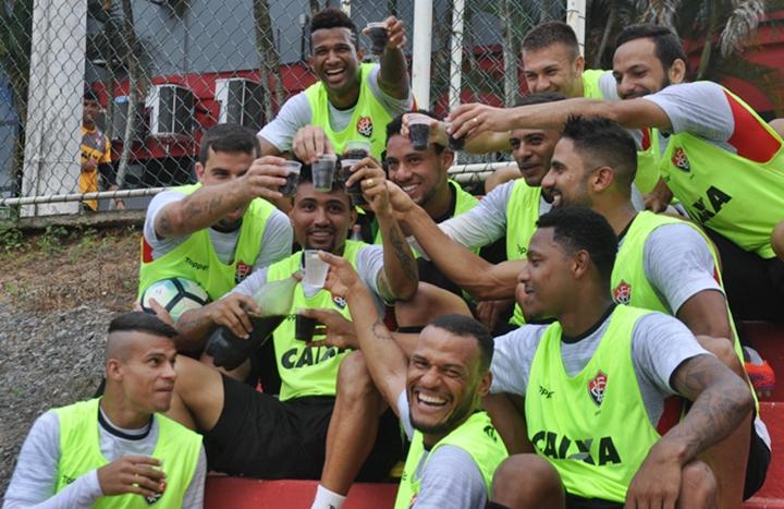 TUDO PRONTO! Vitória está definido para enfrentar o Corinthians pela 21ª do Brasilerão 1
