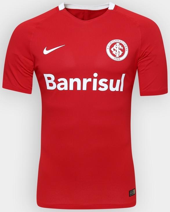 94c243769 Os modelos seguem o padrão divulgado pela fabricante para as seleções  mundiais. A camisa titular é predominantemente vermelha com detalhe em  branco na gola ...