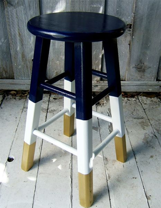 bancos coloridos, painted stool