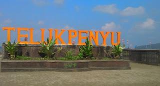 Pantai Teluk Penyu Cilacap
