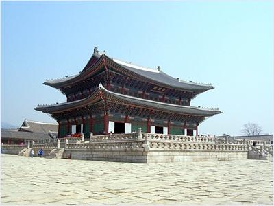 พระราชวังเคียงบก (Gyeongbokgung Palace)
