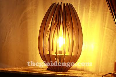 Thế Giới Đèn Gỗ - Đèn gỗ trang trí búp sen để bàn