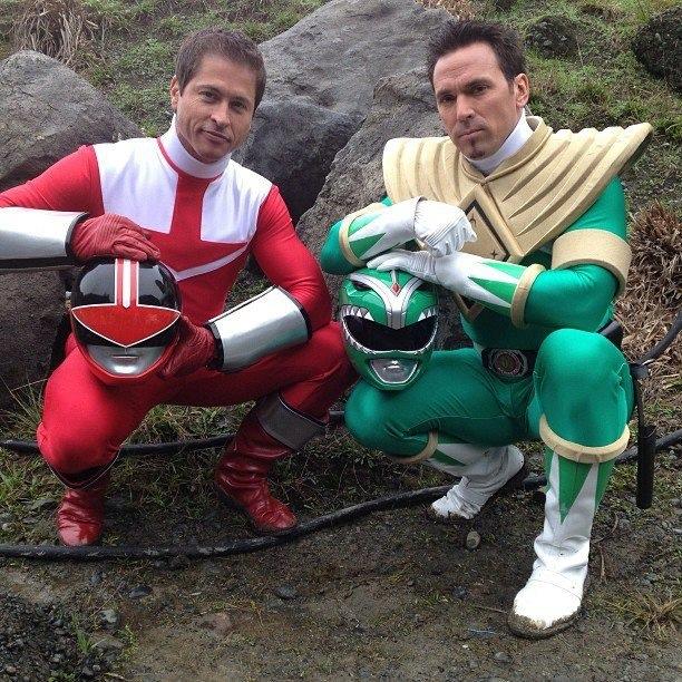 Los power ranger se juntan latino dating