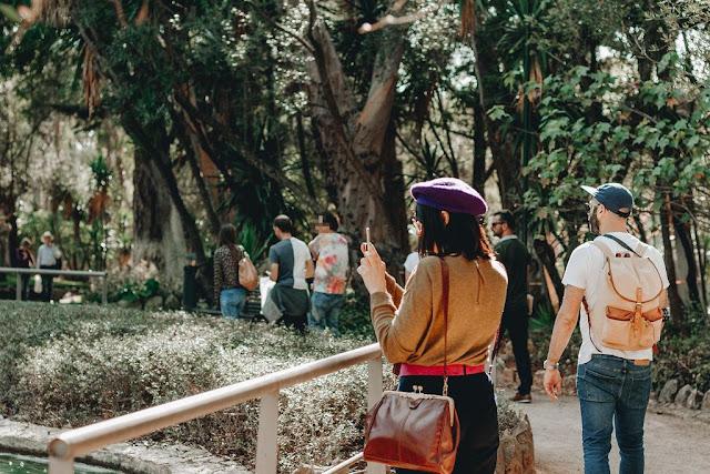 Uma cena muito gira em Cascais grupo no parque marechal carmona