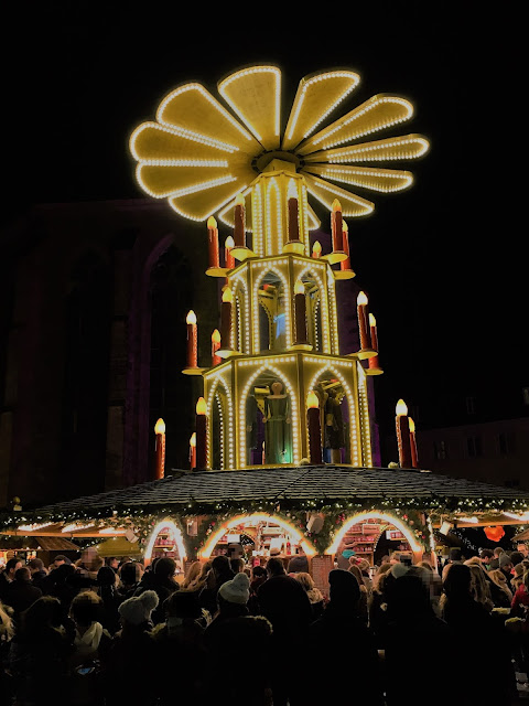 Christmas Pyramid Christmas Market Heidelberg - Church of the Holy Spirit