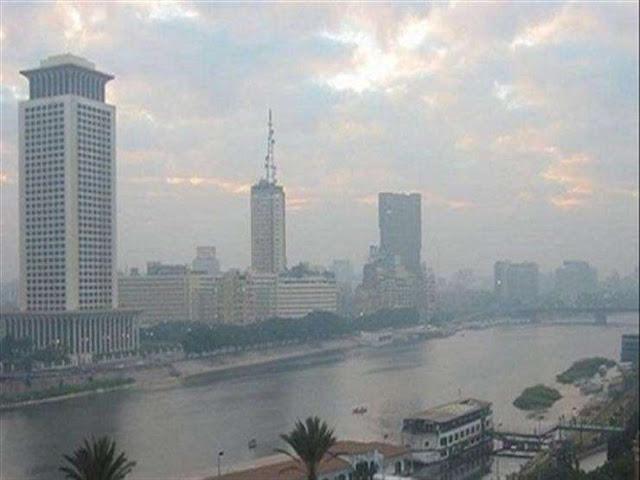 """رئيس """"الأرصاد"""": برودة وموجات أكثر عنفًا في الطريق.. """"طقس مصر يتغير"""""""