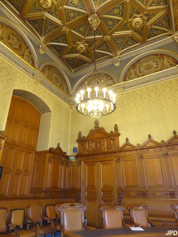 Paris-bise-art : Palais de Justice - De César à Belleyme