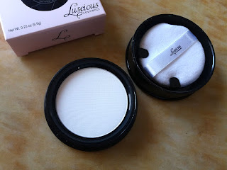 Luscious Camera Ready Stick Foundation, Luscious Camera Powder, Camera ready makeup, Tv Paint stick, Tv Makeup, Full coverage foundation, Luscious Makeup, Luscious Cosmetics, Beauty, Beauty blog, Beauty blogger, Top Beauty Blog, Top Beauty blog of Pakistan, Red Alice Rao, redalicerao, setting powder, translucent powder