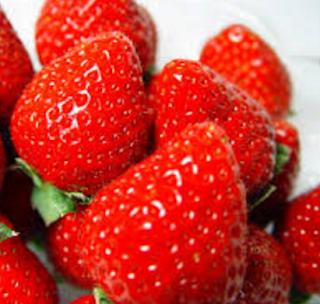 Strawberry Homemade Facial Masks Recipes for Oily Skin