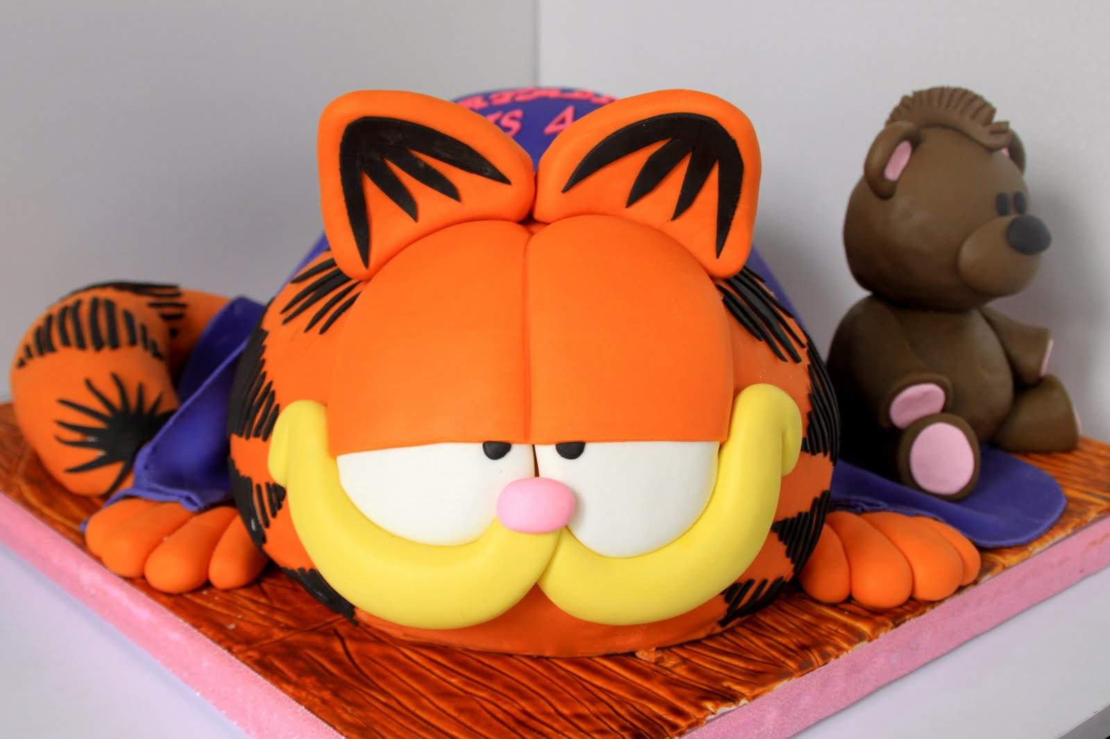 Garfield Birthday Cake Ideas